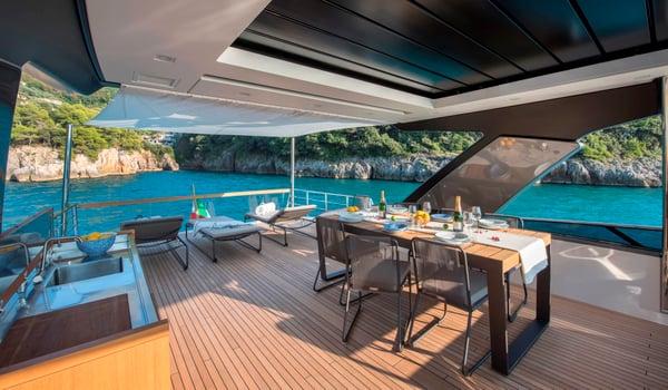 SL78-yacht-sold
