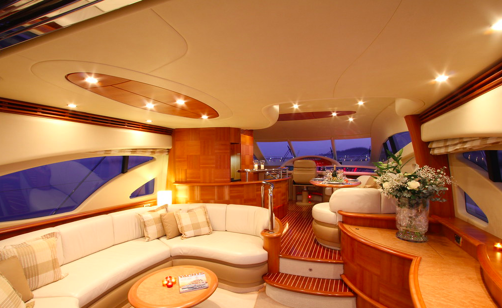 Azimut 62 Evo yacht for sale main deck