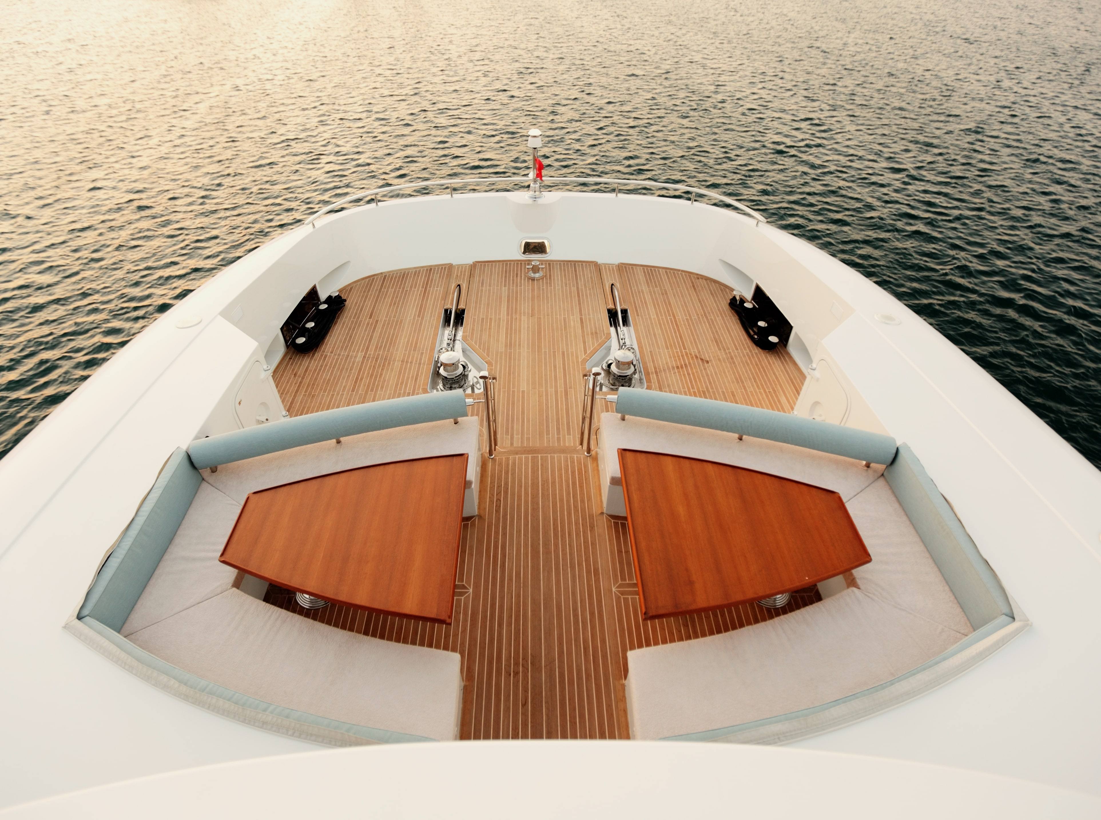 Curvelle Quaranta Yacht For Sale FwdDeck-min