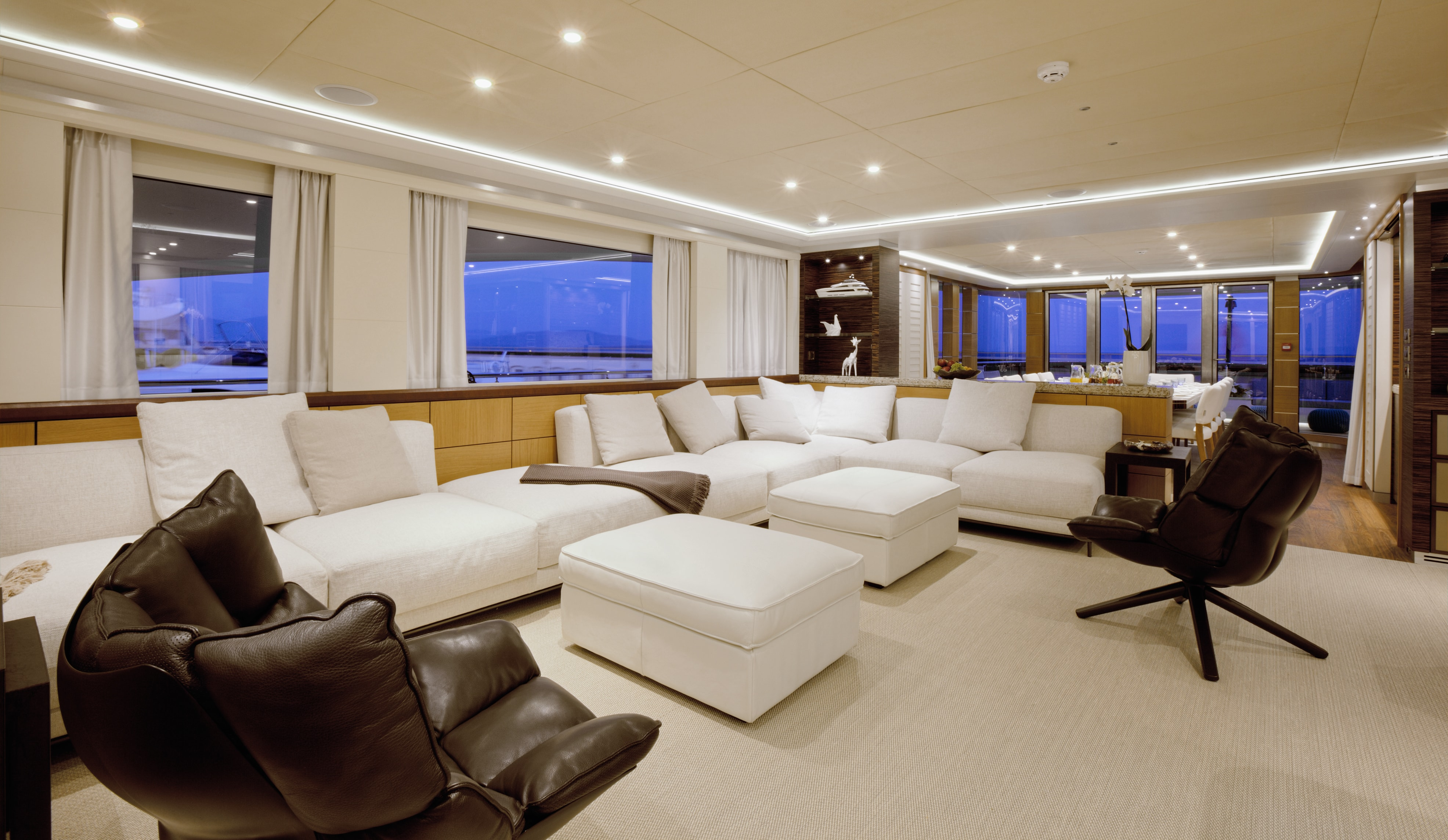 Curvelle Quaranta Yacht For Sale Saloon Deck Lounge2-min