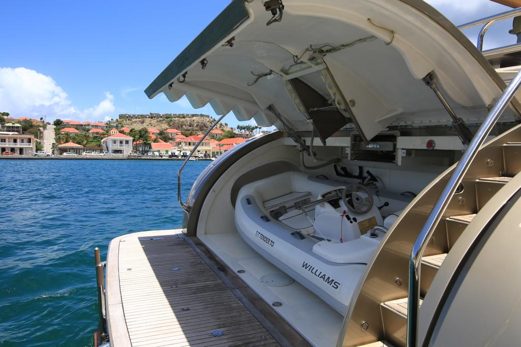 Leopard 27 yacht for sale 10