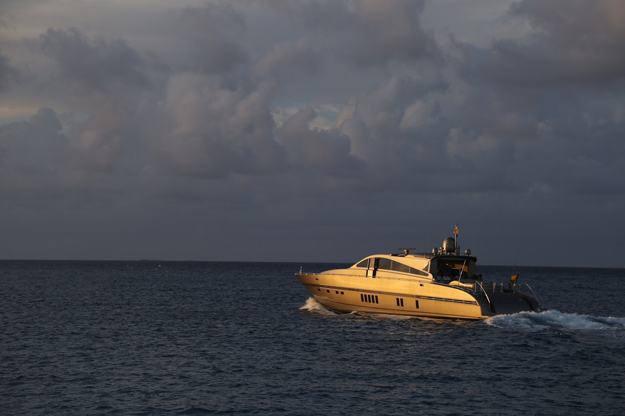 Leopard 27 yacht for sale 4