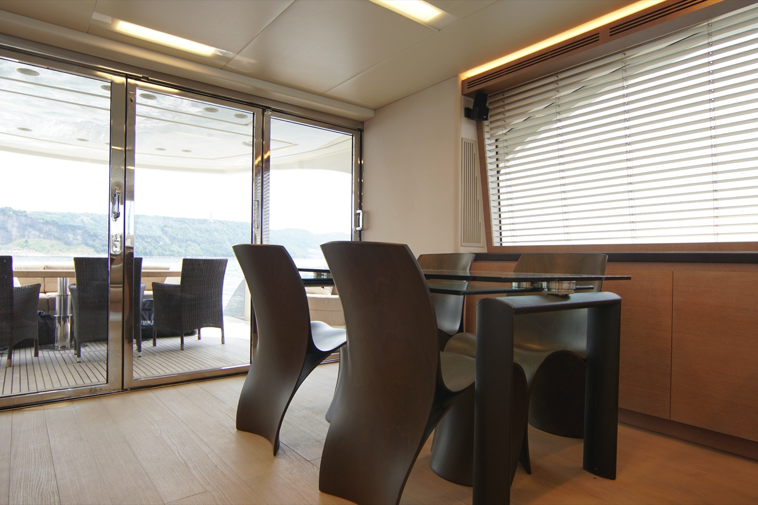 MCY 76 yacht for sale flybridge dining