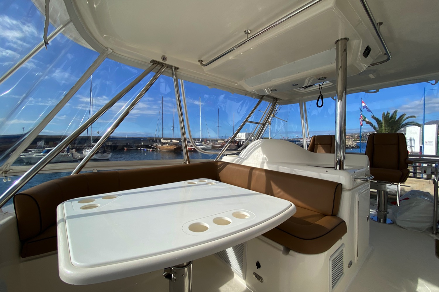 Riviera 47 Fly Yacht For Sale 16
