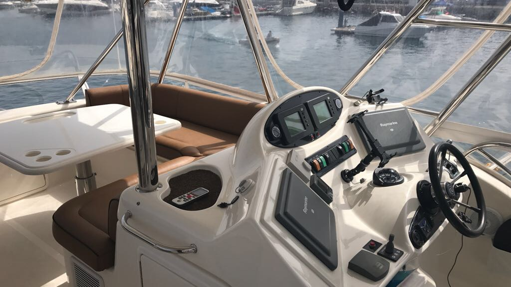 Riviera 47 Fly Yacht For Sale48