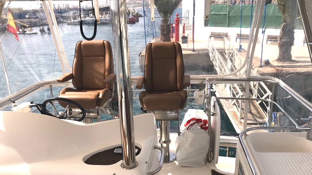 Riviera 47 Fly Yacht For Sale52