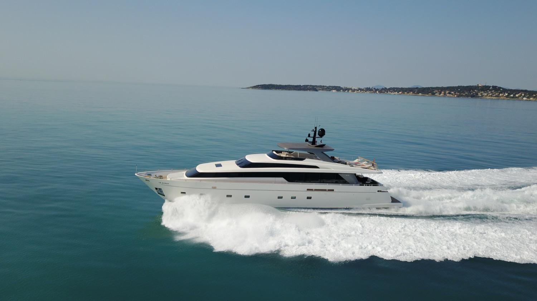 Sanlorenzo - SL104 - 2011 - Le Gypsy - 07 - outside - Yacht For Sale