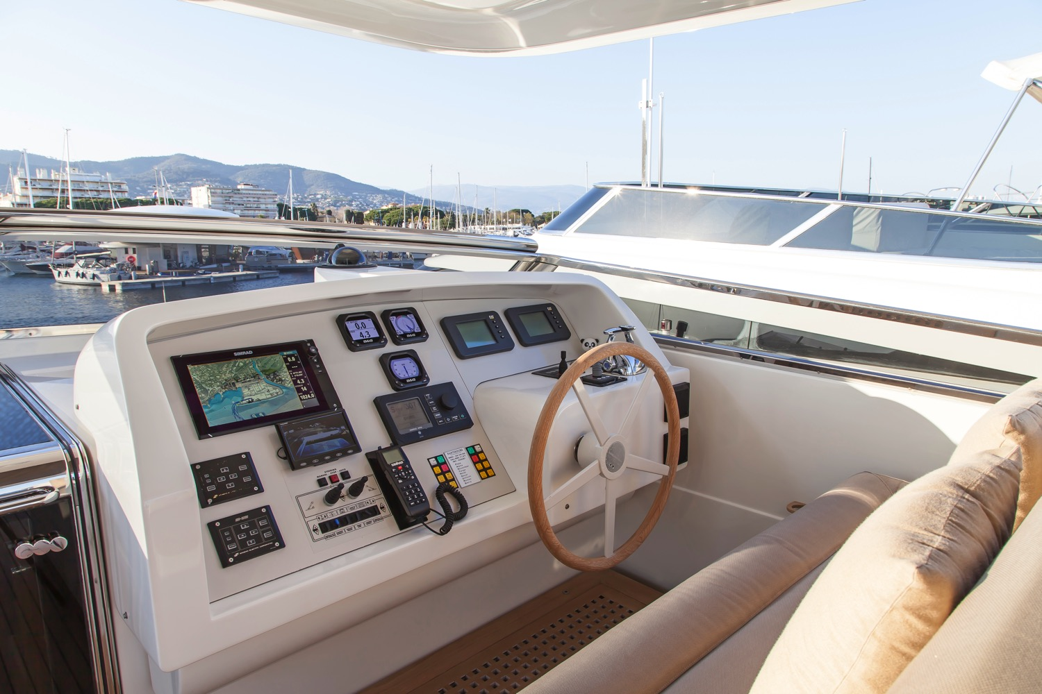 Sanlorenzo SL88 Yacht for sale 10