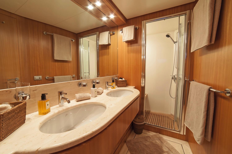 Sanlorenzo SL88 Yacht for sale 29