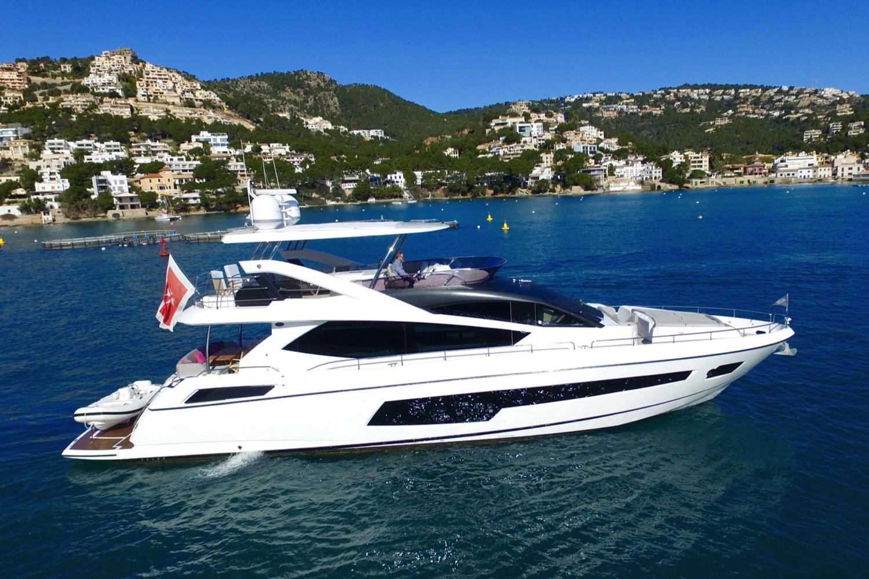 Sunseeker 75 Yacht For Sale Exterior 3-min
